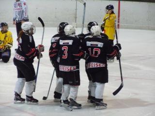 Lausanne – Prilly, un match de hockey sous la pluie