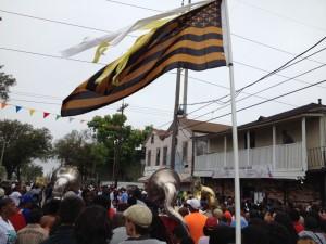 Une des parades musicales régulières de  New-Orleans.