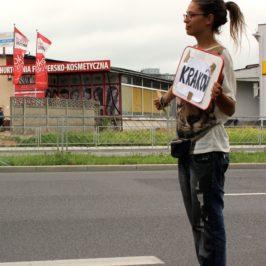 Prochain arrêt : le Bénin… ou l'extraordinaire voyage en bus d'une étudiante lausannoise