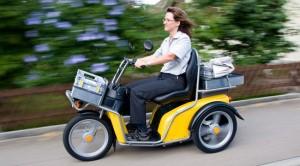 Le fameux scooter électrique que le chanteur doit utiliser pour sa tournée. ©Kyburz-dxp.ch