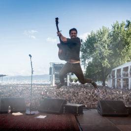La source sûre : les fans de Bastian Baker sous le choc après son concert.
