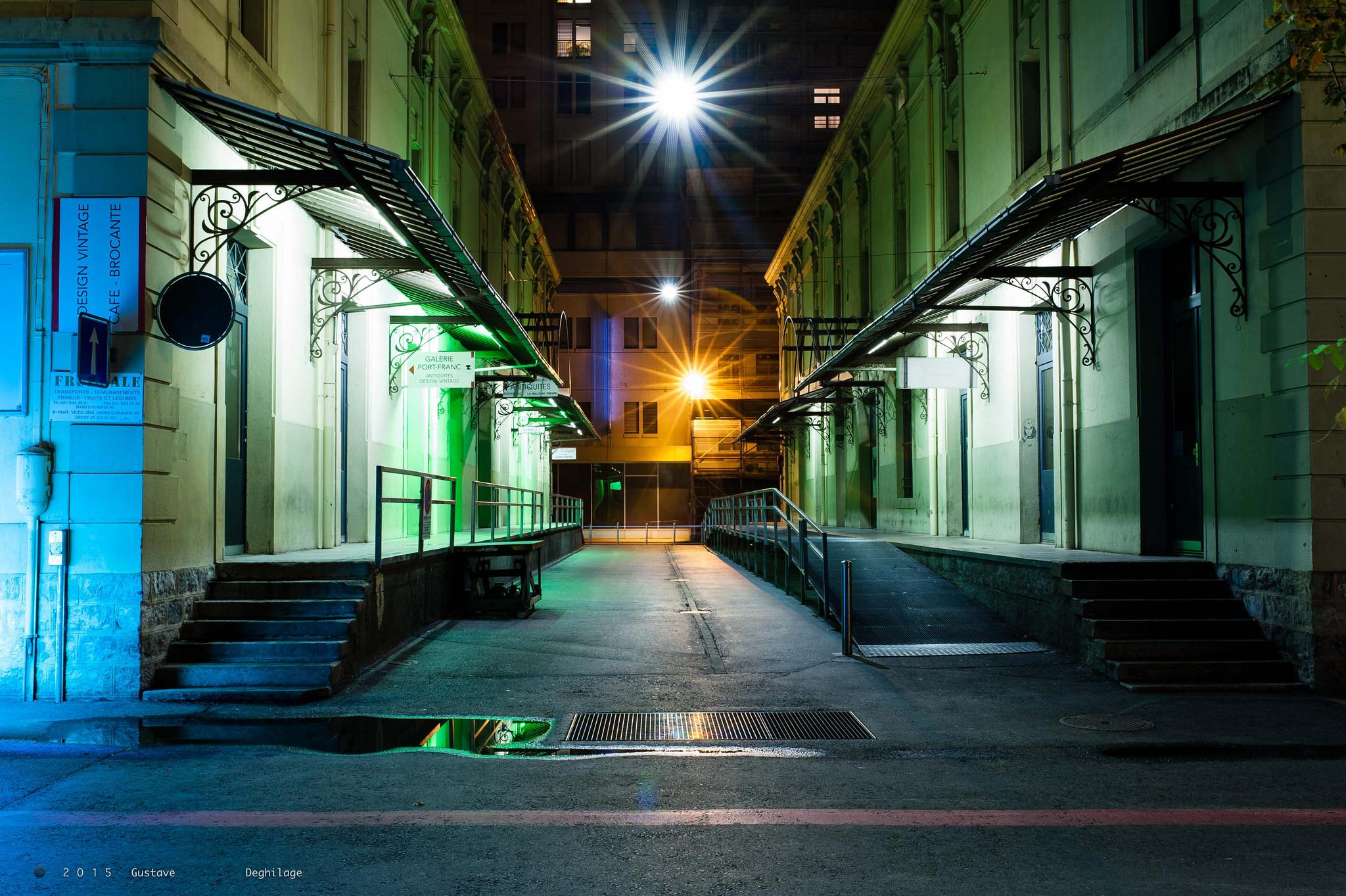 Les contours de lausanne la nuit rentrer seule d un pas for Piscine eclairee la nuit