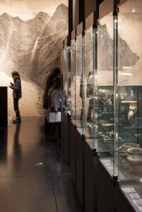 Vue de l'exposition permanente. Photo : Yves André © MCAH