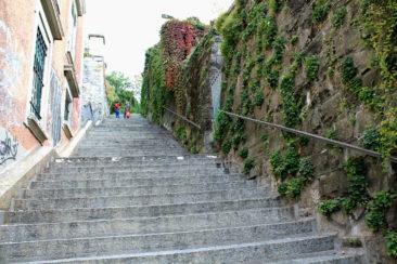 Escaliers de la Barre en rouge
