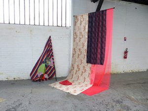 Un lapin un rideau – Dominique Gilliot & Maeva Cunci– © gilliotcunci